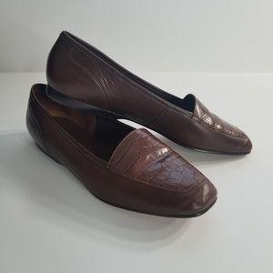 Enzo Angiolini brown leather croc Flats size 7.5